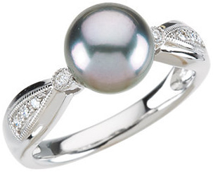 Great Deal in 14 Karat White Gold Tahitian Cultured Pearl & .07 Carat Total Weight Diamond Ring