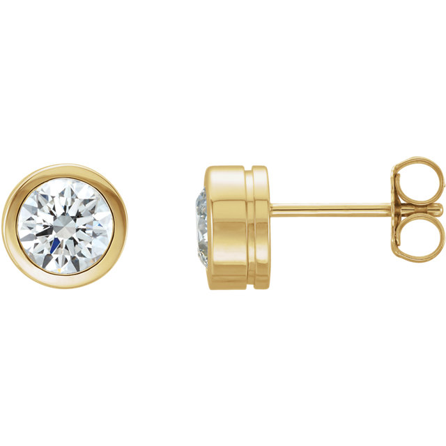 Great Deal in 14 Karat Yellow Gold 0.50 Carat Total Weight Diamond Earrings