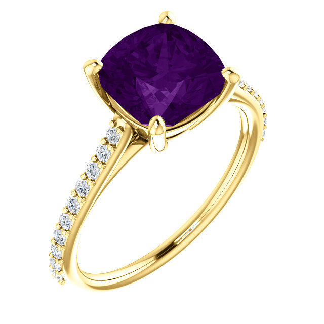 Must See 14 Karat Yellow Gold Amethyst & 0.20 Carat Total Weight Diamond Ring