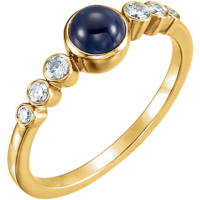 Fine Quality 14 Karat Yellow Gold Blue Sapphire & 0.17 Carat Total Weight Diamond Ring