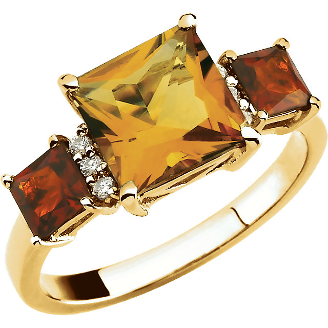 14 Karat Yellow Gold Citrine & .06 Carat Diamond Ring