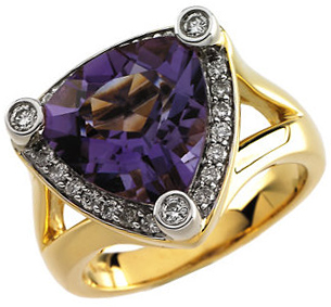 Fantastic 14 Karat Yellow Gold Rhodium-Plated Trillion Genuine Amethyst & 0.33 Carat Total Weight Diamond Ring