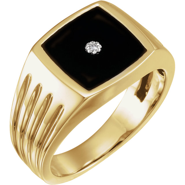Contemporary 14 Karat Yellow Gold Men's Onyx & .005 Carat Total Weight Diamond Ring