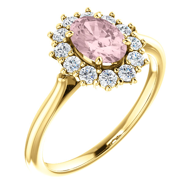Contemporary 14 Karat Yellow Gold Morganite & 0.33 Carat Total Weight Diamond Ring
