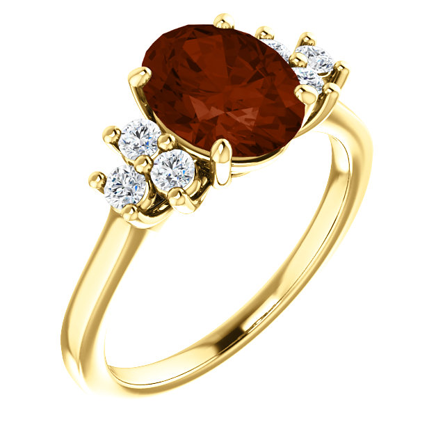 Wonderful 14 Karat Yellow Gold Mozambique Garnet & 0.25 Carat Total Weight Diamond Ring