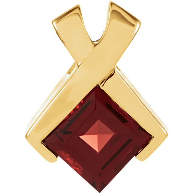 Perfect Gift Idea in 14 Karat Yellow Gold Mozambique Garnet Pendant