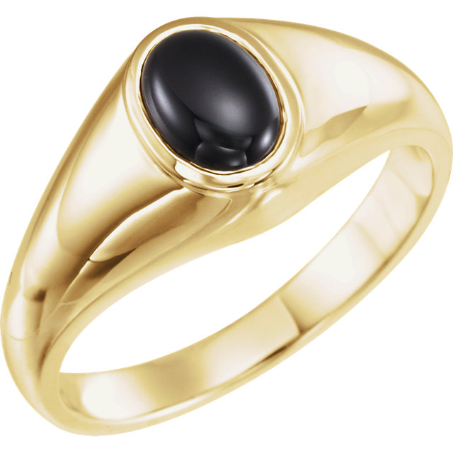 Contemporary 14 Karat Yellow Gold Onyx Ring