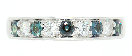 Attractive Natural Alternating 0.40 carats 3mm Alexandrite & Diamond Band in 18 kt White Gold for SALE