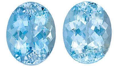 Beautiful Pair of Large Aquamarine Genuine Gems, Oval Cut, 9.56 Carats