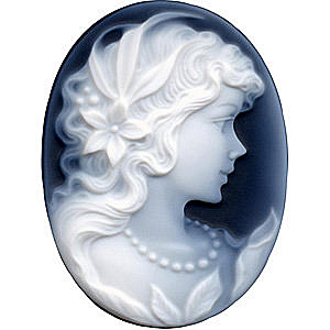 Black Agate Cameo Victorian Lady With Pearls