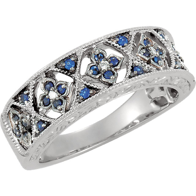 Appealing Jewelry in Blue Sapphire & Diamond Accented Granulated Design Ring