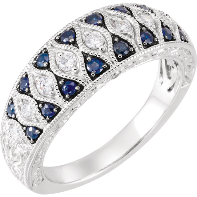 Beautiful Blue Sapphire & Diamond Granulated Design Ring