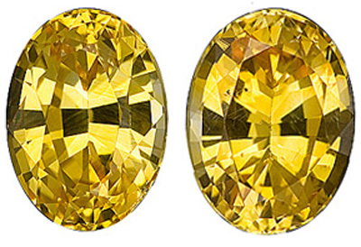 Brilliant and Lively Pair of Excellent Golden Yellow Sapphire Gemstones from Ceylon, Oval Cut, 2.88 carats