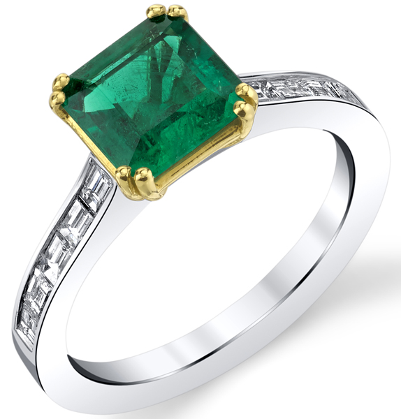 Chic 18kt White & Yellow Gold Emerald Cut 1.38ct Emerald Gemstone Ring - Baguette Diamond Accents