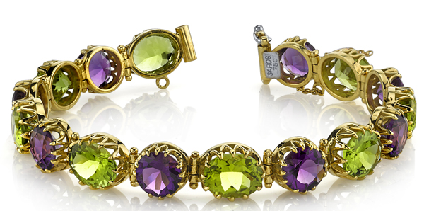 Colorful 18kt Yellow Gold Multi Gem Bracelet - 8 Round Amethysts (16.32 ctw) & 10 Oval Peridots (25.93 ctw)