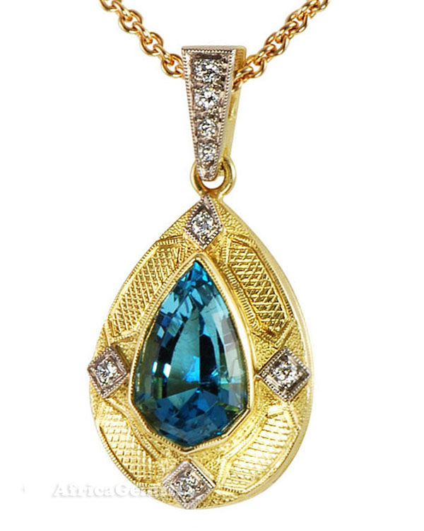 Custom Made 4.66ct 14.5x10mm Pear Shape Aquamarine & Diamond Hand Made Pendant by Yuri - 2 Tone 18 kt Gold - FREE Chain