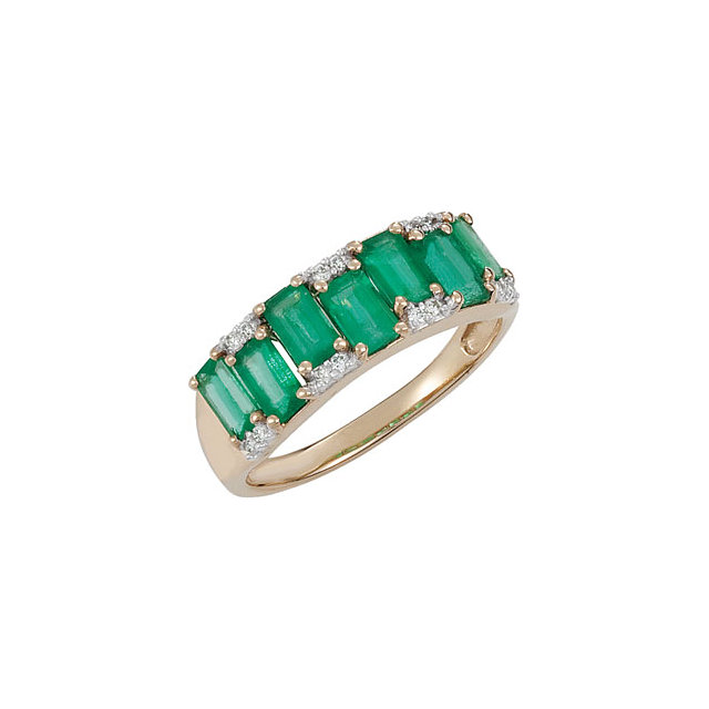 Fine Quality Emerald & Diamond Accented Ring