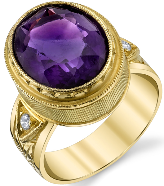 Exquisite Hand Made Bezel Set Oval Shape 4.87 ct Amethyst Ring in 18kt Yellow Gold - Diamond Accents