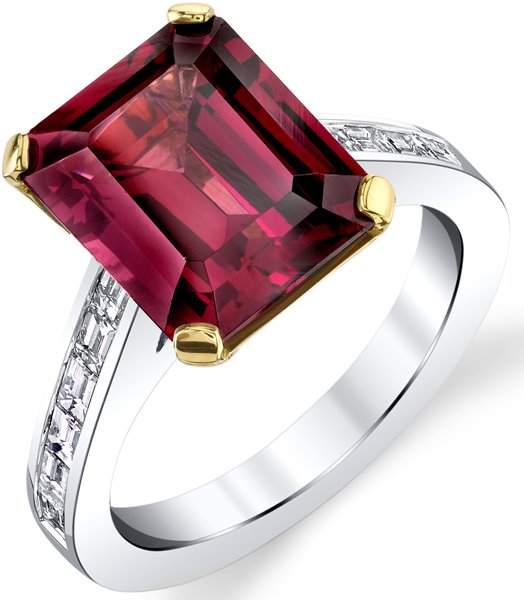 Extraordinary 6.69ct Garnet in Emerald Cut Solitaire Gemstone Ring - Diamond Baguette Accents