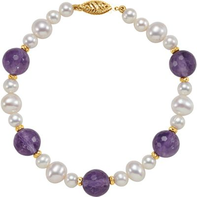 Fine Quality 14 Karat Yellow Gold Freshwater Cultured Pearl & Amethyst 7.5