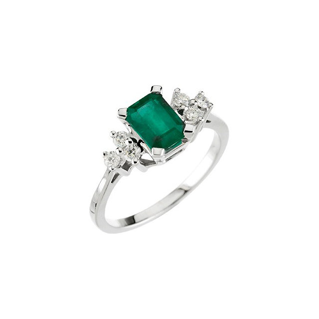 Remarkable Emerald Genuine & Diamond Ring