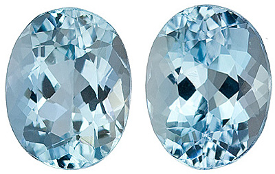 Great Matched Pair of Medium Dark Blue Aquamarine Gems for SALE, Oval Cut, 3.89 Carats