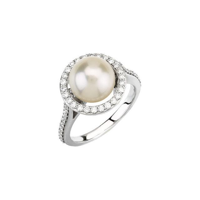 Enchanting Halo-Style Ring for
