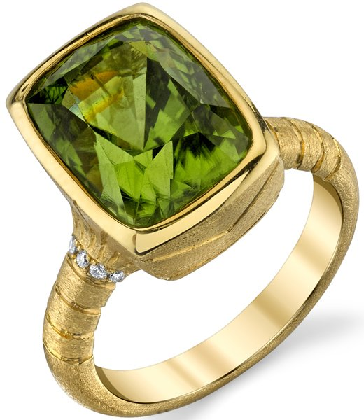 Handcrafted Chic Bezel Set 18kt Yellow Gold Cushion 8.88ct Peridot Gemstone Ring - Diamond Accents