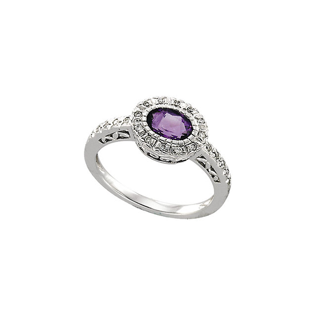 Stunning 14 Karat White Gold Amethyst & 0.10 Carat Total Weight Diamond Ring