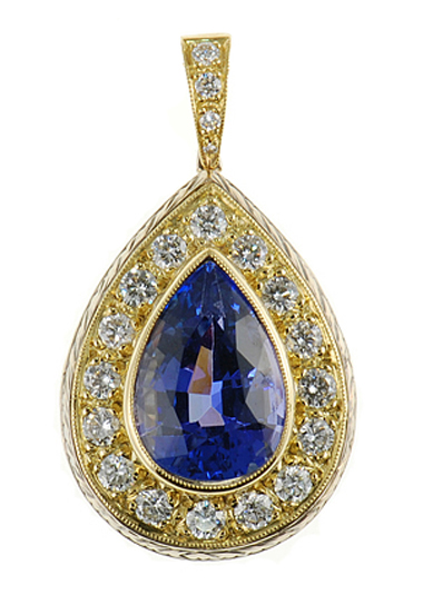 Magnificent Handmade Pear Cut Tanzanite Diamond pendant in 2 tone 18 kt gold for SALE - SOLD
