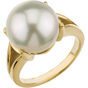 Majestic 14ct 12mm South Sea Cultured Pearl Ring set in 18 karat Yellow Gold