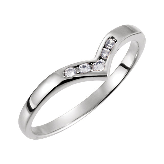 Platinum .08 Carat TW Diamond V-Shaped Accented Fashion Ring