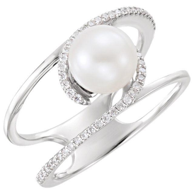 Jewelry Find Platinum Freshwater Cultured Pearl & 0.12 Carat TW Diamond Ring