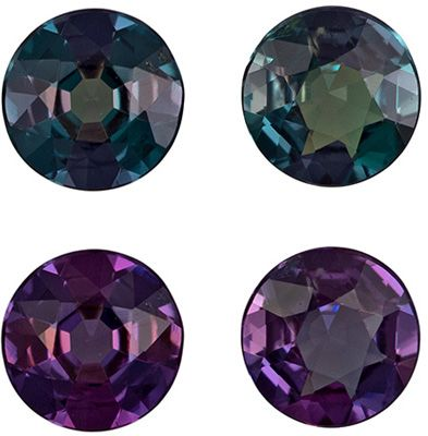 Rare Pair of Color Change Alexandrites in Round Cut, 0.36 carats, 3.5 mm, Brazil Origin
