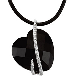 Remarkable 15.07ct 17mm Onyx & Diamond Heart Pendant set in 14 karat White Gold  for SALE - Free Chain