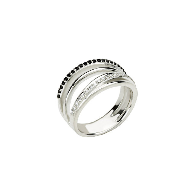 Appealing Jewelry in Sterling Silver Black Spinel & 0.25 Carat Total Weight Diamond Ring