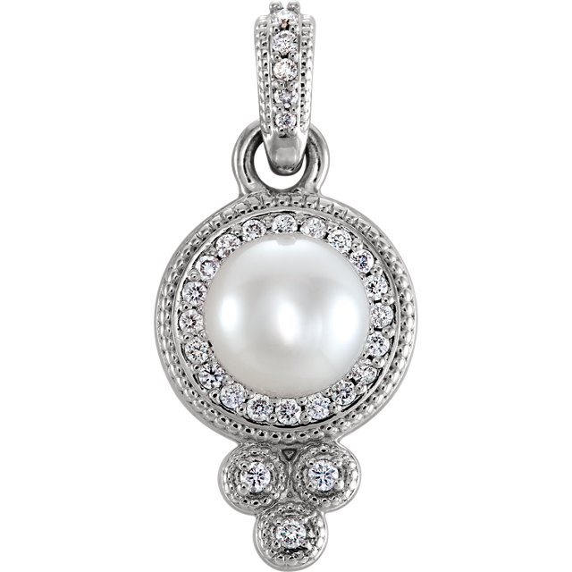 Great Gift in Sterling Silver Freshwater Cultured Pearl & 0.12 Carat Total Weight Diamond Pendant
