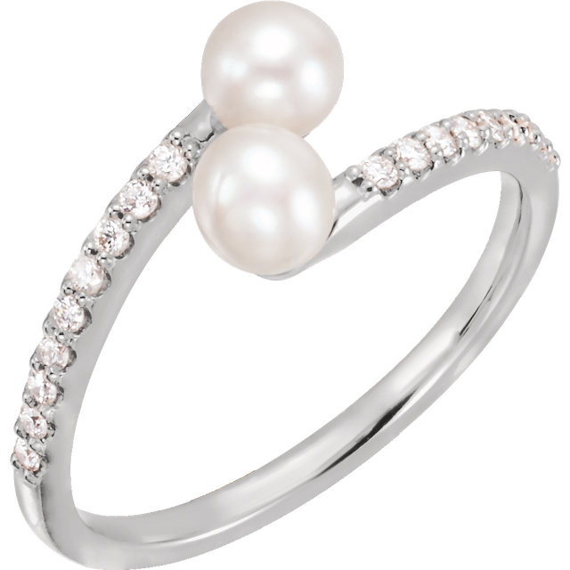 Fine Quality Sterling Silver Freshwater Cultured Pearl & 0.17 Carat Total Weight Diamond Bypass Ring