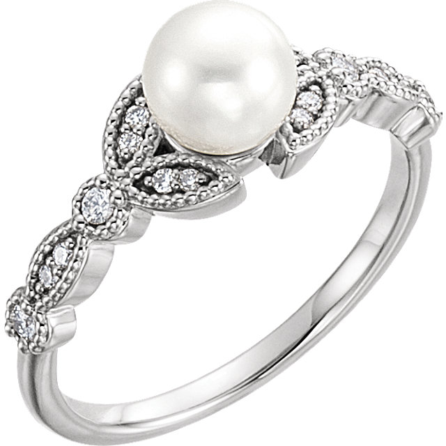 Must See Sterling Silver Freshwater Pearl & 0.12 Carat Total Weight Diamond Leaf Ring