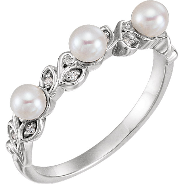 Stunning Sterling Silver Pearl & .03 Carat Total Weight Diamond Stackable Leaf Pattern Ring