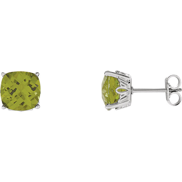Chic Sterling Silver Perdiot Earrings