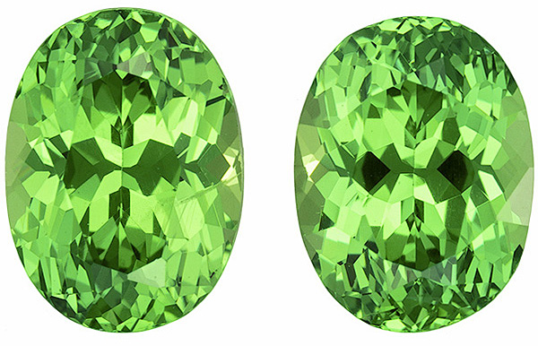 Truly Dazzling Tsavorite Well Matched Pair in Oval Cut, Minty Green, 7.2 x 5.4 mm, 2.58 carats