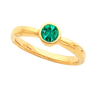 Very Chic & Very Stackalbe Bezel Set Genuine 5.00mm .65ct Emerald Gemstone Fashion Ring for SALE