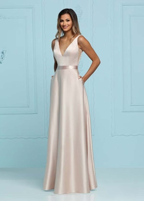 ASHLEY & JUSTIN BRIDESMAID DRESSES: Ashley & Justin 20371