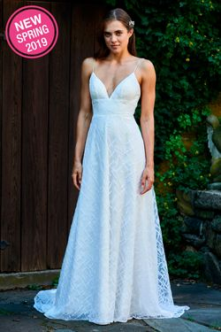 BARI JAY WEDDING DRESS: BARI JAY 2094