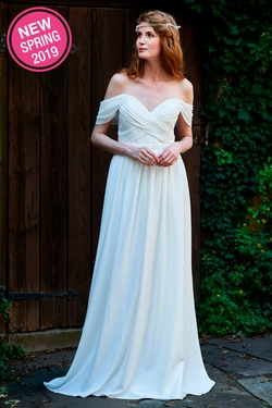 BARI JAY WEDDING DRESS: BARI JAY 2100