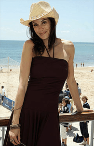 Teri Hatcher in Sweetees Aiyana dress