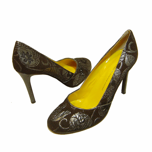 Twelfth Street by Cynthia Vincent Seymour Brocade Pump