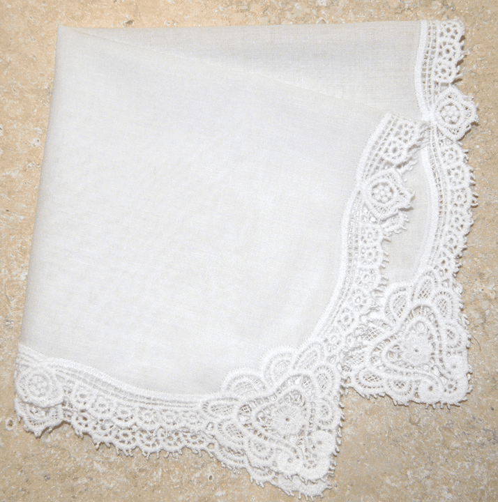 Stunningly Beautiful Wedding White Cotton Sweetheart Lace Ladies' Handkerchief