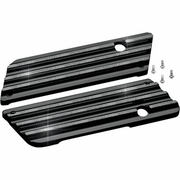 BLACK/DIMAOND EDGE FINNED SADDLEBAG LATCH COVERS
